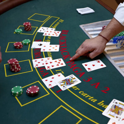 The Beginner's Guide to Gambling: How to Play Blackjack