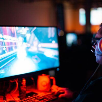 What Are the Benefits of Creating Your Own Private Gaming Server?